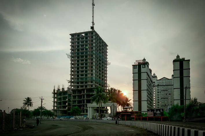 Exciting Times Ahead for the Real Estate Sector in Varaccha, Surat