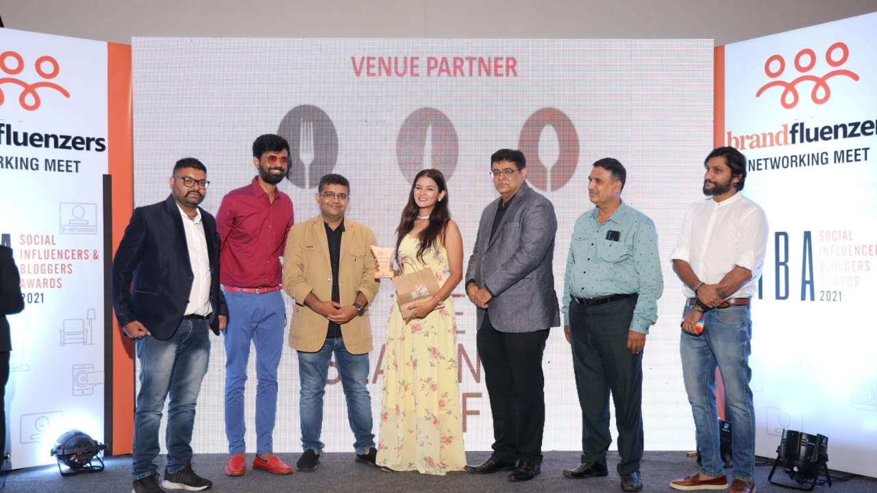 BRANDFLUENZERS creates a benchmark by staging Social Influencers & Bloggers Awards 2021 in Smart City Surat